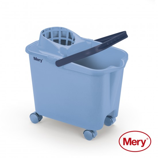 Bucket with Casters 14L